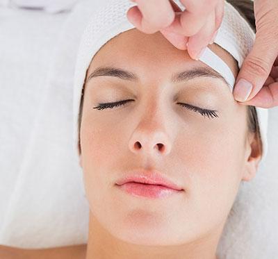 Fast and Easy appointments for Eyebrow Waxing